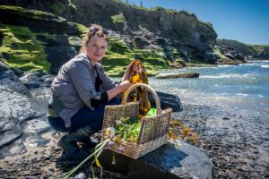 Wild Kitchen Oonagh O'Dwyer at Burren Slow Food Festival